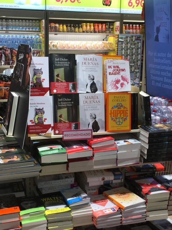 In een boekshop op Mallorca
